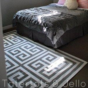 guest-room-greek-key-rug