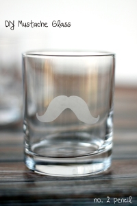 diy-mustache-glass-3